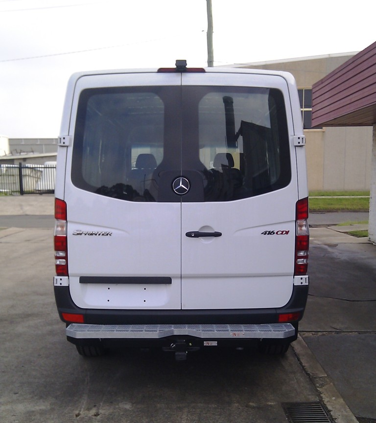 Mercedes benz sprinter telstep mwb 416 419 11 13 on for Mercedes benz vehicle search